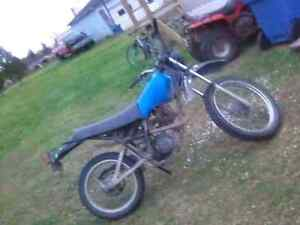 1982 xt125 **$125 just want gone**