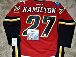 Dougie Hamilton Signed Calgary Flames Jersey new with tags   COA 33c6decdd