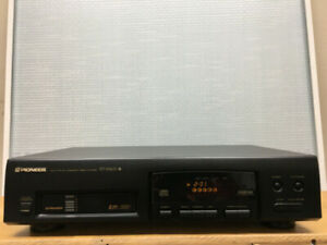 Great Pioneer PD-M403 CD Player (6-CD Charger)