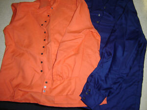 CLOTHES RETRO.[Most New,some used][1977?]Halloween costumes?