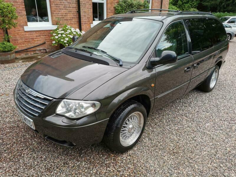 Chrysler Grand Voyager 2.8CRD auto Limited STOW & GO 55 reg 125k FSH