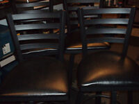 4 ROTATING BAR STOOLS EXCELLENT CONDITION