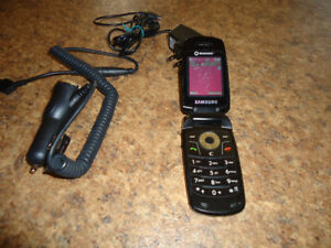 Samsung Flip Phone with charger and car charger