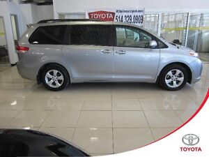 Toyota Sienna LE V6 8 Passagers 2013