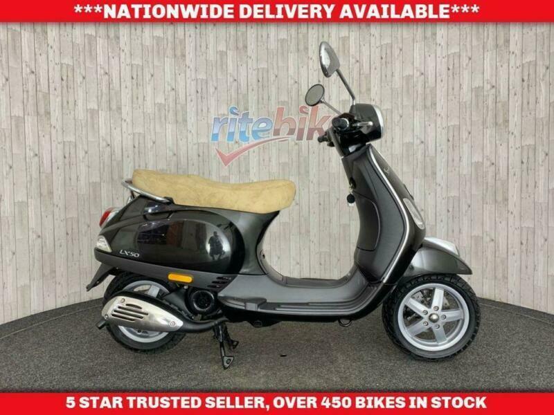 Piaggio Vespa Lx Vespa Lx 50 Moped Very Low Mileage