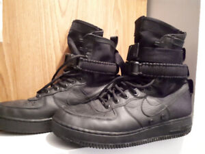 NIKE Special Field Air Force 1. Size 9