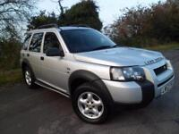 LAND ROVER FREELANDER 2.0 TD4 SE STATION WAGON UP TO 39MPG, Silver, Auto, Diesel