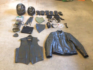 Motorcycle gear (Priced to sell very quickly)