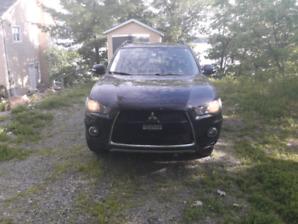 Mitsubishi outlander 2012