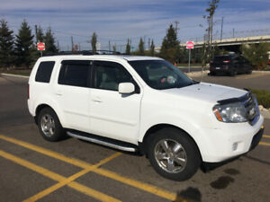 2010 HONDA  PILOT IN IMMACULATE CONDITION