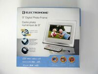 ♥BRAND NEW ELECTROHOME DIGITAL PHOTO FRAME AND VIEWER $60♥