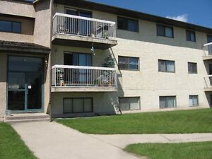 *INCENTIVES* 1 Bdrm Suite w/ Dishwasher& Balcony!! ~ Cornett
