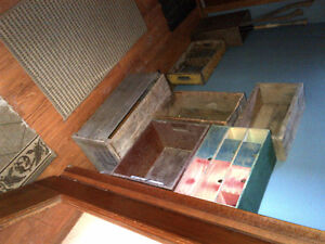 Crates and boxes, vintage and antique Kawartha Lakes Peterborough Area image 2
