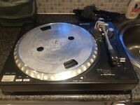 Gemini TT01 turntable