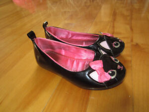 """Chaussures """"chat"""" - gr. 7.5 US"""