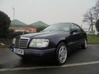 Mercedes-Benz E Class 2.2 E220 4dr W124 AUTOMATIC VERY LOW MILEAGE