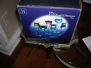 18 piece cardial party glass ware, CRYSTAL SALT AND PEPPER