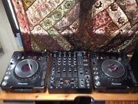 Pioneer 1000 mk2s & behringer djx 900 mixer
