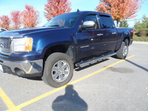 2011 GMC Crew Cab,4X4 Pickup Truck,Excellent Condition.CERTIFIED