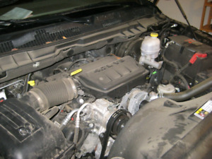 4.7L Dodge engine and auto transmission