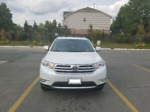 2013(October 2012) Toyota Highlander SUV in Great Condition