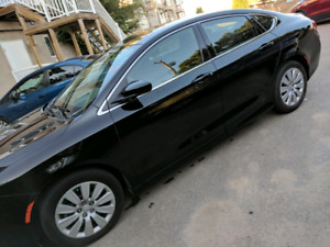 2015 Chrysler 200 LX - Very Low KM
