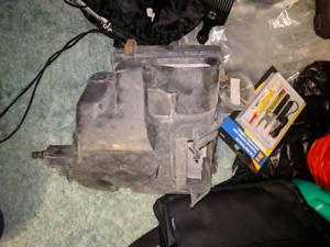 Infiniti G35 intake box