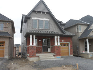 BEAUTIFUL 4 BEDROOM NORTH OSHAWA HOME FOR LEASE