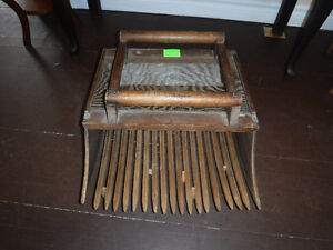 Vintage Cranberry Scoop
