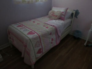 Girls complete bedroom set