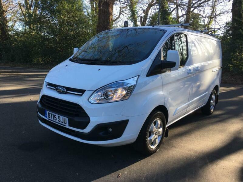 b1369079a1 BUY NOW £244.26 PER MONTH FORD TRANSIT CUSTOM 2.2TDCi 125PS 290 L2H1 Limited