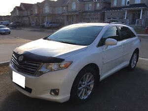 EXCELLENT 2009 TOYOTA VENZA 4 Cylinders AWD FULLY LOADED Clean