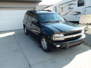 2002 Chevrolet Trailblazer LT Ext SUV, Crossover  7 Seater!