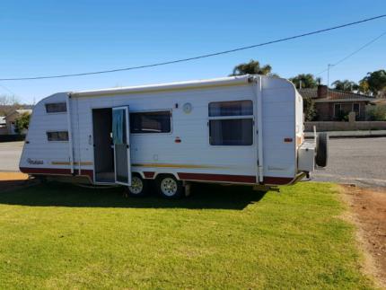 Rare four bunk caravan Narrogin Narrogin Area Preview