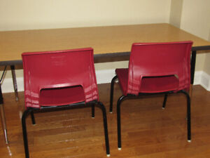 COMMERCIAL QUALITY School/Daycare Activity Table & Chairs