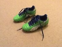 Boys Puma blade football boots size 13 (child's)