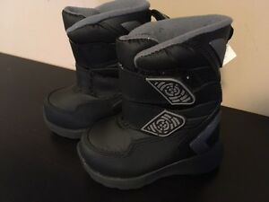 Brand new with tags - Osh Kosh winter boots toddler size 5 London Ontario image 1