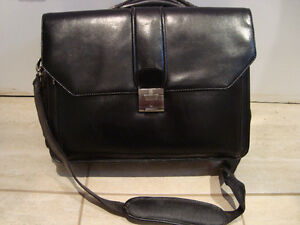 Black Mancini leather bag - Sac de cuir noir Mancini