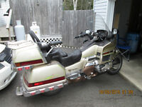 1991 GOLDWING , JUST HAD 2500 DOLLAR SERVICE AT TOYS.