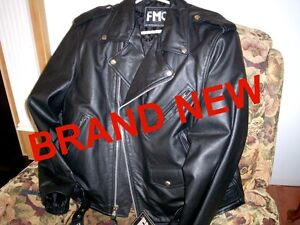 FOR SALE.... BRAND NEW  CLASSIC LEATHER MOTOR CYCLE JACKET