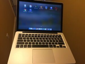 ***Macbook Pro 256gb 2.7GHz bought this year