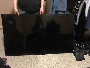 """INSIGNA ROKU 55"""" SMART TV FOR SALE"""