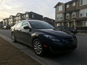 2013 Mazda Mazda6 with xenon lights low milage!