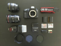 Canon 5D Mark ii Kit | 2 Lenses | Flash | Bag & accessories