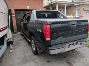 Chevrolet avalanche 2006, need gone.