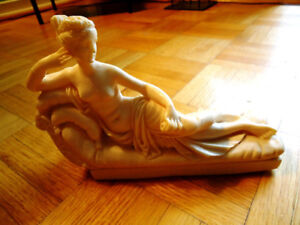 Beautiful Paolina Bonaparte Statue In Marble By A.Santini Italy!