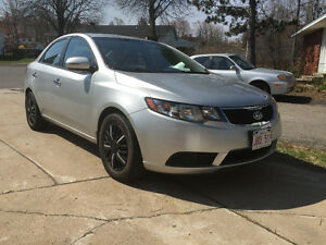 2010 Kia Forte EX Perfect Car Needs Nothing with Remote Starter!