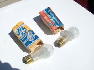 55 Vintage No. 11 Flashbulbs
