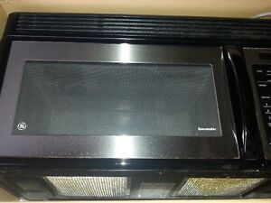 GE Over the Range Stainless Steel Spacemaker XL Microwave Oven