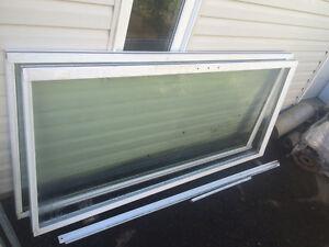 Portes extérieures Doubles en PVC blanc a patio / Patio doors